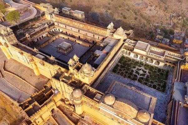 mughal garden amber fort